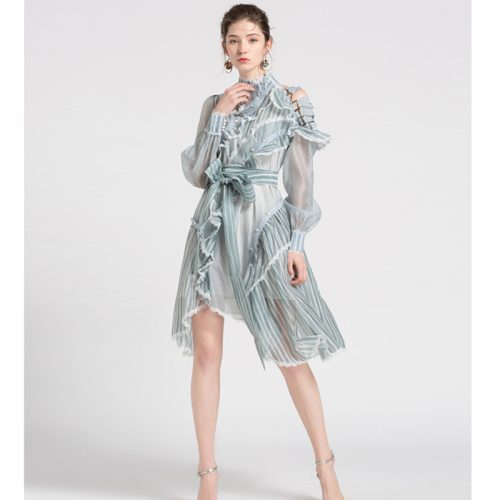 Ruffled Dress with Lace and Ruffled Edge K227 6